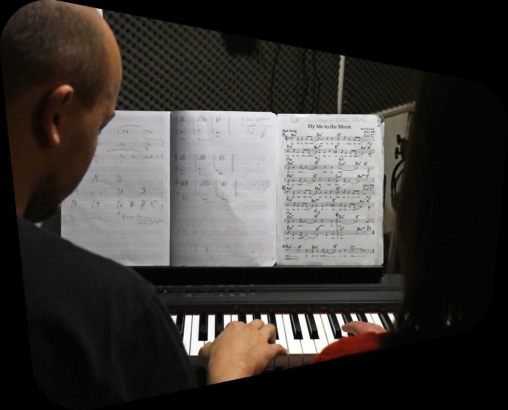zongoratanulás, zeneelmélet